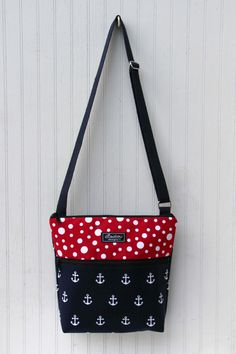 Items similar to Larger Jordyn Sling Hip Bag in Spiral Dot   Hive with  Front Zipper Pocket on Etsy. HorgonyokCipzár 9326984bbc