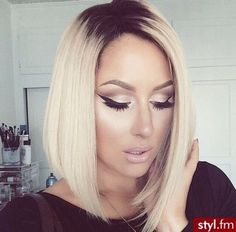 Love her make-up  her hair. x
