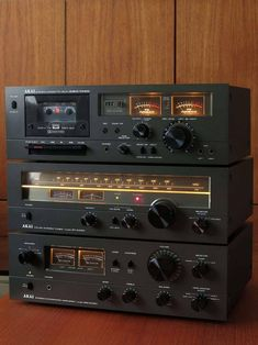 "vintageaudiolove: ""Vintage Akai GXC-706D cassette deck, AT-2450 tuner and AM-2450 integrated amplifier. """