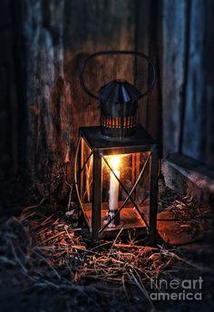 Table Lanterns, Autumn Cozy, Cool Sketches, Beautiful Candles, Art Pictures, Art Pics, Autumn Theme, Lamp Light, Autumn Leaves