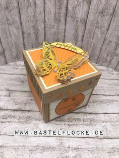 www.bastelflocke.de - Man kann tatsächlich ein klein wenig Natur in eine Explosionsbox bringen :-) Wie? Das schau Dir einfach in meinem Blogbeitrag unter www.bastelflocke.de an. #natur #explosionsbox #geburtstag #stempel #glückwunsch #leine #geschenke #stampinup #ausfreudigemanlass #nurfürdich #geburtstagskracher #banner #angebracht #winkofstella #briefumschlag #geld #blasen #playfulbackgrounds #fürdich #frühlingsreigen #baum #beautifulbranches #waldderworte #handstanze #heuteistdeintag