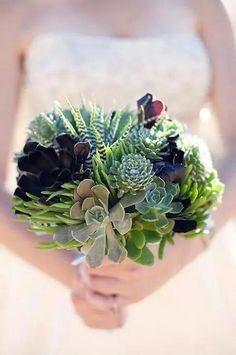 Succulent wedding bouquet, you can plant afterwards, bouquet will never die. A lasting memory