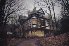 jamessharpe: Haunted House (by James Sharpe) Ambergate, Derbyshire. The Oakhurst House, built in Old Abandoned Buildings, Old Buildings, Abandoned Places, Abandoned Mansions, Haunted Hotel, Haunted Places, Creepy Houses, Tudor House, Animals Of The World