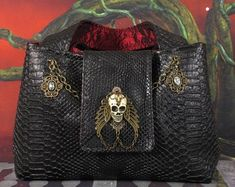 Wearable Steampunk, Gothic, Victorian, and Concept Bags by Phantazmagorium Victorian Gothic, Steampunk Bags, Etsy Seller, Buy And Sell, Concept, Belt, Leather Bags, Handmade, Accessories