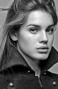 ELITE MODEL MANAGEMENT - Vanessa Hessler