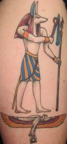 Alte ägyptische Gottheit farbigen Tattoo