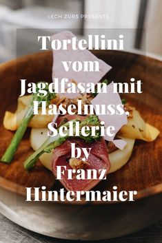 """Hier finden Sie das Rezept """"Tortellini vom Jagdfasan mit Haselnuss & Sellerie"""" von 2 Hauben Koch Franz Hintermaier"""