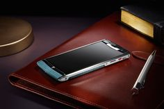 Vertu's Signature Touch puts the luxury back into specs