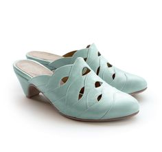 It is summer and it's clogs time! http://liebling-shoes.com/shop.html