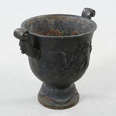 A garden cast iron urn by Ivar Johnsson for Näfveqvarns Bruk, model designed - Bukowskis Urn, Cast Iron, Vase, Garden, Design, Home Decor, Scale Model, Garten, Decoration Home
