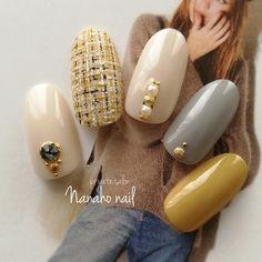 Yellow Nail Art, White Nail Art, Manicure Y Pedicure, Shellac Nails, Love Nails, Pretty Nails, Fall Nail Trends, Vintage Nails, Japanese Nail Art