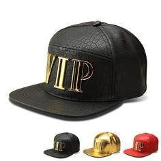 Sapca tip baseball Crocodile Grain Tide, cu literele VIP imprimate, model de sapca hip-hop cu cozorocul plat, pentru fete si baieti Leather Hats, Leather Fashion, Black Leather, Pu Leather, Fashion Men, Men's Hats, Caps Hats, Crocodile, Streetwear Hats