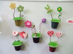 Capsule flower pot magnets, picture only Kids Crafts, K Cup Crafts, Diy And Crafts, Arts And Crafts, Mothers Day Crafts, Bottle Art, Little Gifts, Art For Kids, Projects To Try