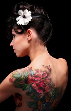 Pretty back tattoo