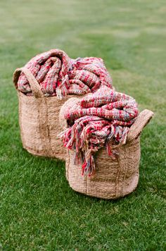 Cozy blankets for those crisp, cool nights #Fall #Wedding | Photography by aarondelesie.com Read more - http://www.stylemepretty.com/2013/09/26/10-fall-wedding-must-haves/