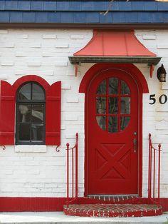 Red door | older photo taken of a door | Max Stansell | Flickr