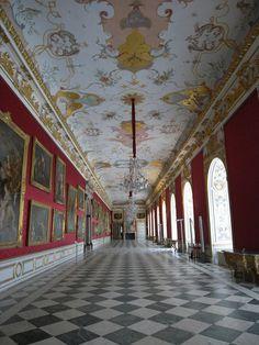 C0584. Large Gallery  Neues Schloss Schleißheim, Munich