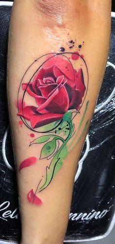 watercolor rose tattoo © Lello Sannino 💕🌹✨💕🌹✨💕 Rose Drawing Tattoo, Watercolor Rose Tattoos, Cool Tattoos For Guys, Trendy Tattoos, Awesome Tattoos, Small Tattoos, Calligraphy Tattoo Fonts, Mago Tattoo, Batman Tattoo