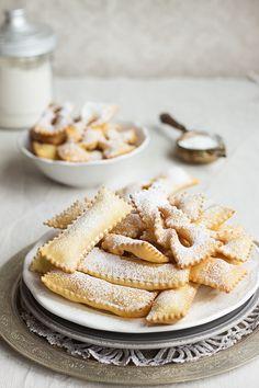 ITALIAN carnival sweets bugie 4