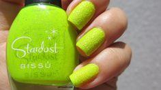 Colores: Bissú -Amarillo Tucán- #nails #nailart #esmaltes #neon #stardust #bissu