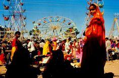 women at the Pushkar Fair enjoy the festivities!