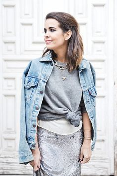 Sequined_Maxi_Skirt-Casual_Party_Outfit-Sweatshirt