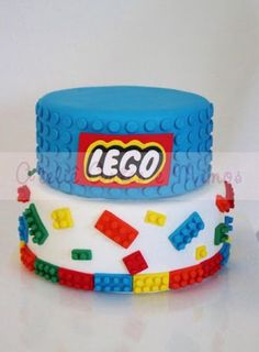 Lego birthday cake - two tiers Lego Themed Party, Lego Birthday Party, 6th Birthday Parties, Cake Birthday, 8th Birthday, Birthday Ideas, Fondant Cakes, Cupcake Cakes, Lego Cupcakes