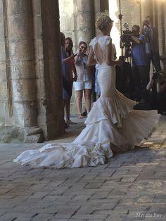 #desfile #monasteriosanjeronimo #sevilla #SIQHandcraft&Fashion #Auroragavino #novia #moda # #AgenciaDobleErre #RaquelRevuelta #tocadosflorares #colavolantes