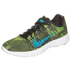 Lunaracer+ 3 Laufschuh Herren    Der Nike Lunaracer+ 3 verbindet das Tragegefühl eines gut gedämpften Trainingsschuhs mit dem Gewicht eines federleichten, flachen Laufschuhs.    Die doppellagige Mesh-Zunge präsentiert sich mit einer schweißableitenden Außenschicht. Ein weicher Schuhkragen sorgt für eine bequeme und eng anliegende Passform. Die Reflektoren versprechen eine erhöhte Sichtbarkeit b...