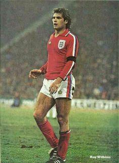 England midfielder Ray Wilkins in Retro Football, Chelsea Football, World Football, Sport Football, Chelsea Fc, Football Shirts, Football Boots, England Football Players, England National Football Team