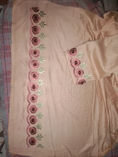 Hand Embroidery Design Patterns, Kurti Embroidery Design, Designer Blouse Patterns, Flower Embroidery Designs, Machine Embroidery Designs, Designer Punjabi Suits Patiala, Punjabi Suits Designer Boutique, Embroidery Suits Punjabi, Embroidery On Kurtis