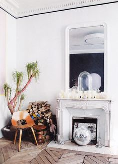 a marble fireplace mantel looks great in a contemporary living room. http://www.mantelsdirect.com/