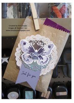 Stampin Up Kraft Tag a bag, metallic foil doilies, tea lace doilies, watercolor wings stamp set. Stampin Up card idea