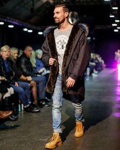 """Gefällt 73 Mal, 3 Kommentare - @weloveparka auf Instagram: """"Men looking fresh in #weloveparka #urbanwinterparka  #furparka #armyparka #pelzparka #fur #furcoat…"""""""