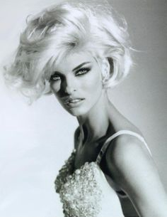 Linda, 1990s