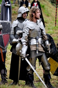 Jousting for the hearts of girls and ladies 2009 by Thomas T Medieval Knight, Medieval Armor, Medieval Fantasy, Armadura Medieval, Knight In Shining Armor, Knight Armor, Larp, Caballero Andante, Landsknecht