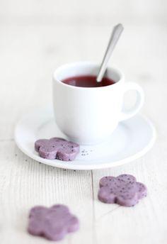 Sprinkle Bakes: Hibiscus Tea and Poppy Seed Shortbread