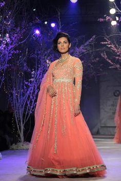 jyothsna-tiwari-india-bridal-fashion-week-019.jpg (640×960)