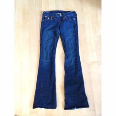 True Religion jeans Great fit, comfortable, and in excellent condition. Only wore 2 times. True Religion Pants