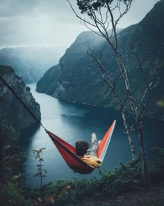 Nature is so underestimates that people don't know the wonders it can do to you! Camping Photography, Adventure Photography, Nature Photography, Instagram Captions Travel, Camping Sauvage, Kayak, Top Travel Destinations, Lofoten, Beautiful Places To Travel