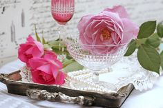 "Roses and Baccarat glasses ""Nancy"""