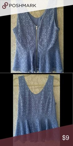 Periwinkle V Neck Peplum Lace detailing V neck tank peplum in a size medium pretty periwinkle blue! Zipper back! Forever 21 Tops
