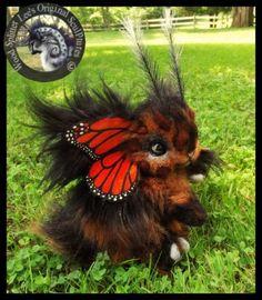 Woodsplitterlee-Handmade-LIFE-SIZED-Poseable-Fantasy-Monarch-Bunnyfly