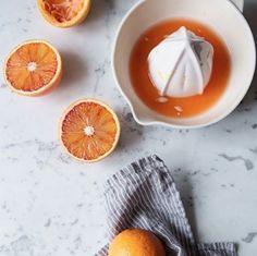 Good morning weekend ! Prendre le temps de petit déjeuner ☕️#verymojo #weekend #goodmorning #breakfast #orangejuice #pinterest #coffeelover ► www.verymojo.com ◄