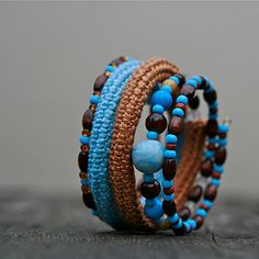 http://heegeldab.blogspot.com/2011/10/kaevorud-ikka-ja-jalle-new-bracelets.html