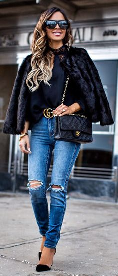 Black Faux Fur Coat / Black Knit / Destroyed Skinny Jeans / Black Pumps