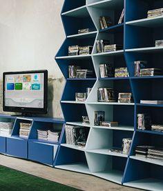 Prateleira ZigZag Bookshelf
