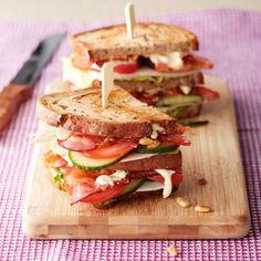 Frisse kipsandwich met pijnboompitten