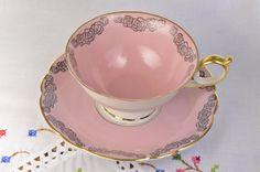 Etsy の Royal Bayreuth tea cup and saucer/ Bavaria by VieuxCharmes