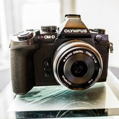 Hands On With the Olympus OM-D E-M1